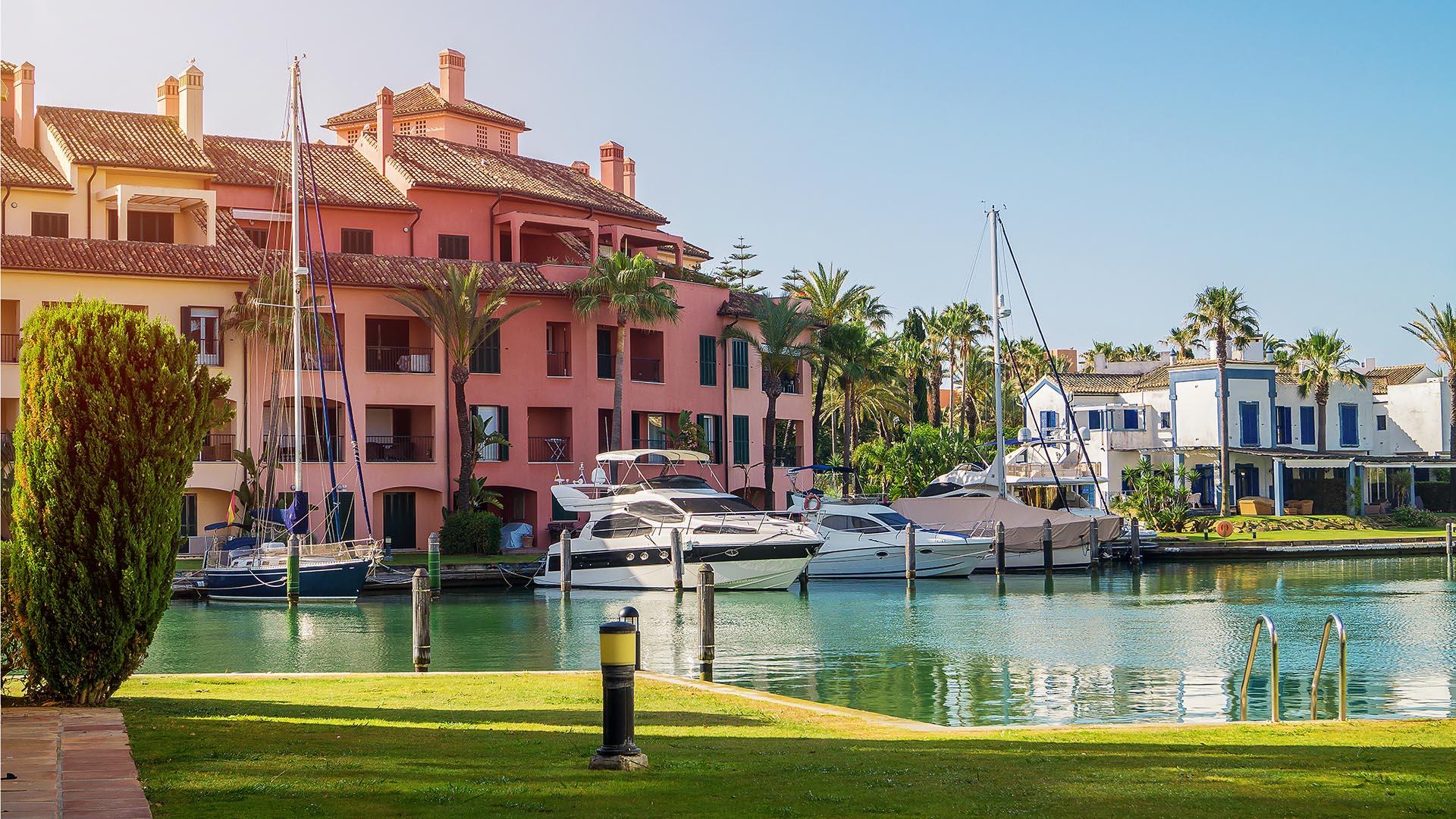 Sotogrande Port and Marina - Noll & Partners Sotogrande Real Estate